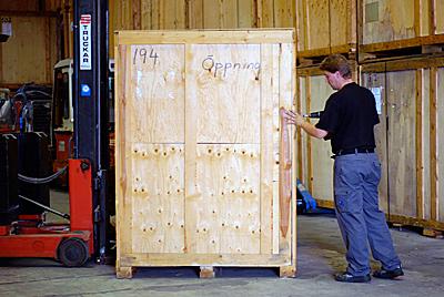 Magasinering-Skruva Träcontainer